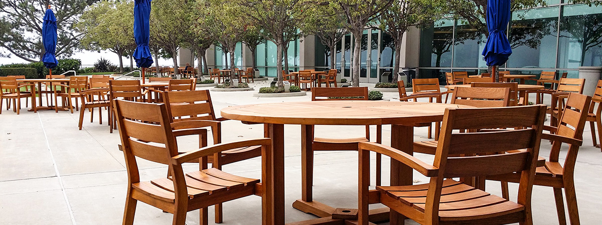 hotel patio furniture maintenance